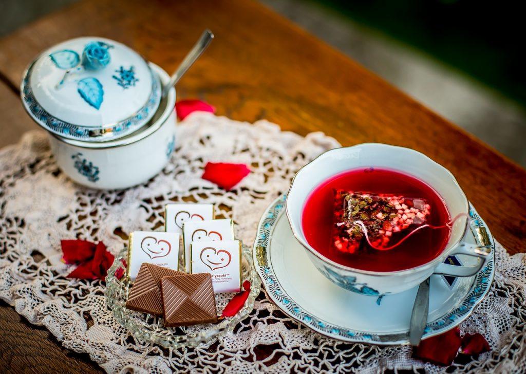 Chocolat au lait et thé