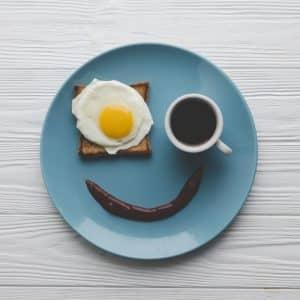 Assiette sourire : 5 astuces pour manger plus sainement